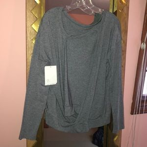 Gap grey back open shirt